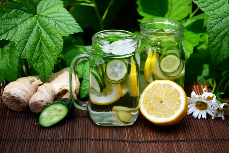 Limonade au gingembre, citron, concombre et menthe - Centre ...